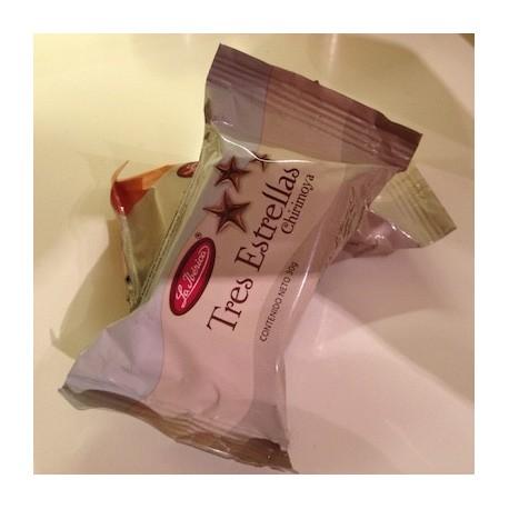 Bombon de Chocolate Tres Estrellas con Chirimoya La Ibérica / Perú