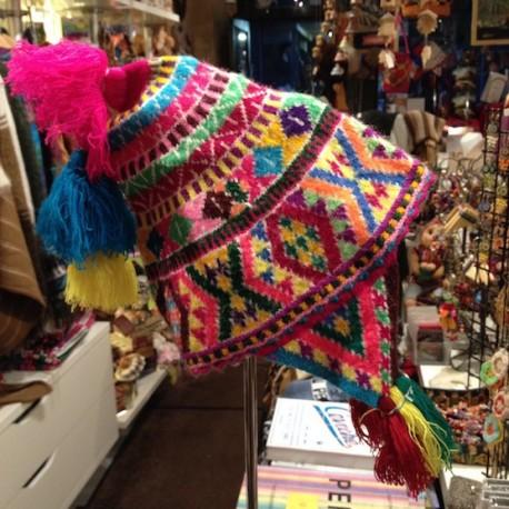 Bonnet (Chullo) péruvien 100% Bébé Alpaga - Création Titi Guiulfo / Pérou