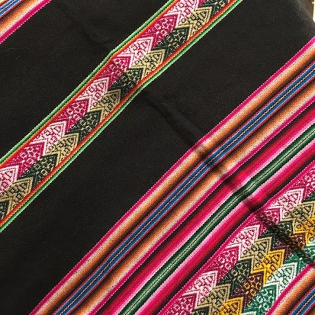 Tissu Macha Péruvien Noir (Environ 120x220cm)