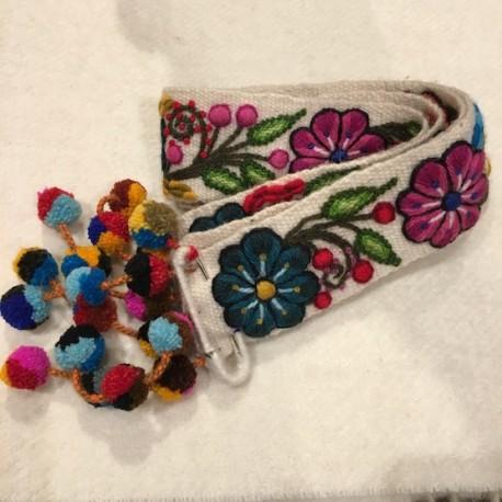 """Ceinture """"Blanco"""" Péruvienne brodée en laine de Huancayo - Titi Guiulfo"""